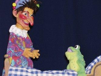 Ambrella Puppet Theatre: Casper