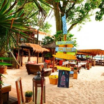 (c) 28 Grad Beachclub Wedel