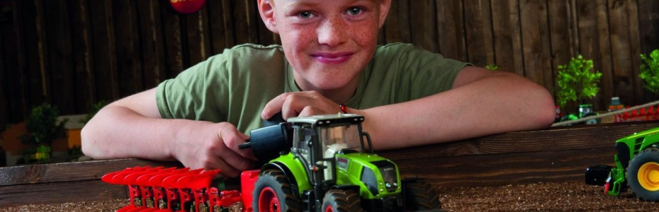 If you offspring loves tractors this is a must: FieldandFun at Gut Sierhagen