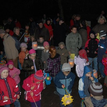 Lantern crafting and parade at deer park Schwarze Berge